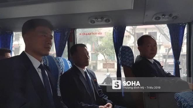 NÓNG: Lực lượng mật vụ tinh nhuệ của ông Kim Jong-un đổ bộ hùng hậu xuống Hà Nội - Ảnh 11.