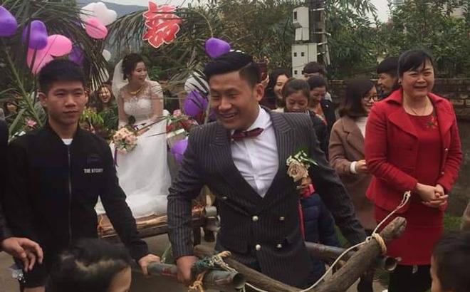 Người đàn ông tự tay kéo xe bò, rước vợ về nhà trong đám cưới khiến dân mạng tấm tắc khen