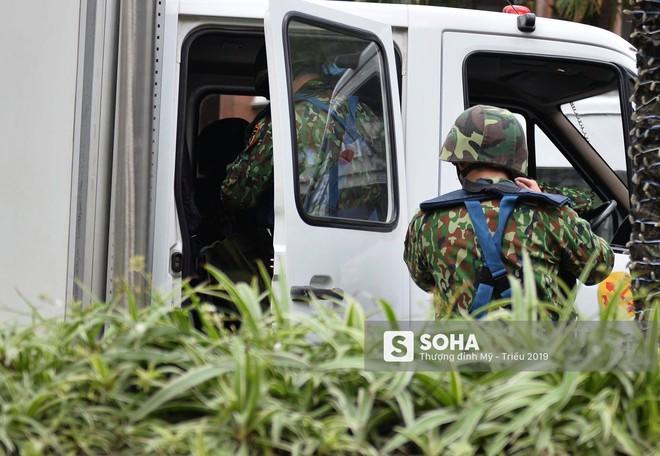 [Ảnh] 3 chú khuyển đặc biệt kiểm tra khách sạn Melia trước ngày Chủ tịch Kim Jong-Un đến Việt Nam - Ảnh 15.