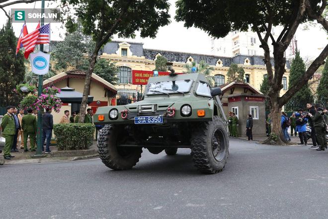 Công an Hà Nội triển khai xe bọc thép, Hummer chống đạn bảo vệ thượng đỉnh Mỹ - Triều - Ảnh 8.