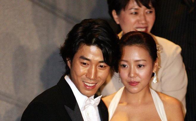 """Bất ngờ cuộc hôn nhân """"lệch chuẩn"""" giữa quý tử độc nhất của phó Chủ tịch Samsung và sao nữ hạng B kém sắc"""