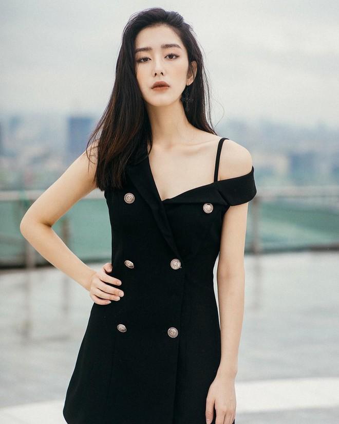 Nhan sắc cô dâu xinh đẹp, thần thái không kém gì Yoon Eun Hye trong bộ ảnh cưới cổ tích đang cực hot - Ảnh 7.