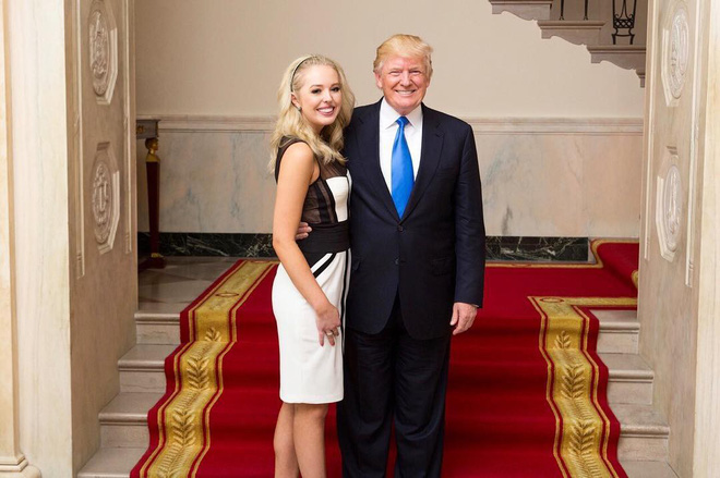 Con gái 9x của Tổng thống Trump: Thân hình bốc lửa, thành viên hội con nhà giàu ăn chơi - Ảnh 1.