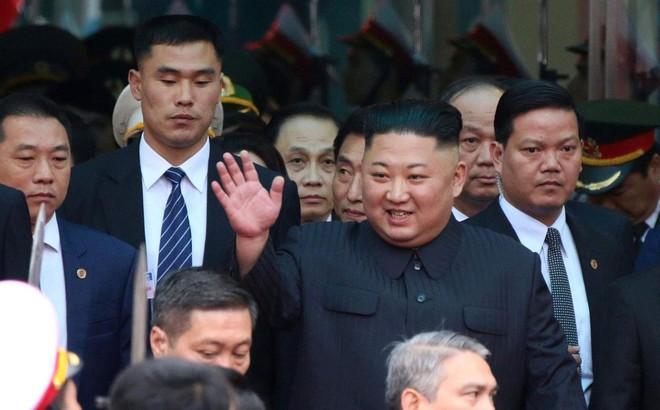 [ẢNH] Toàn cảnh buổi tiếp đón nhà lãnh đạo Triều Tiên Kim Jong Un tại ga Đồng Đăng