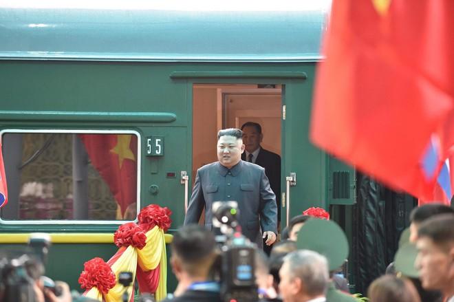 [ẢNH] Toàn cảnh buổi tiếp đón nhà lãnh đạo Triều Tiên Kim Jong Un tại ga Đồng Đăng - Ảnh 8.