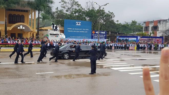 [ẢNH] Toàn cảnh buổi tiếp đón nhà lãnh đạo Triều Tiên Kim Jong Un tại ga Đồng Đăng - Ảnh 20.