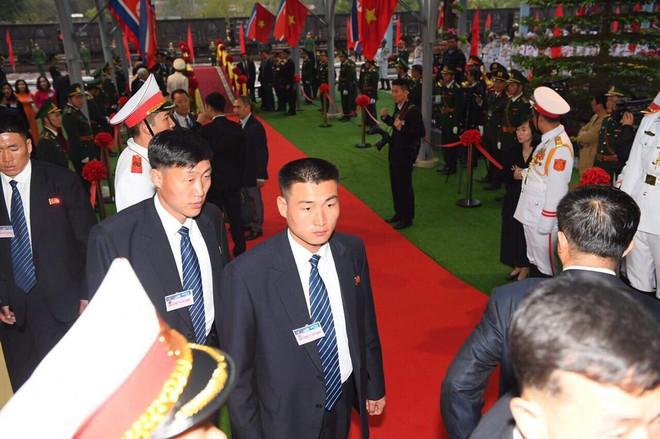 [ẢNH] Toàn cảnh buổi tiếp đón nhà lãnh đạo Triều Tiên Kim Jong Un tại ga Đồng Đăng - Ảnh 2.