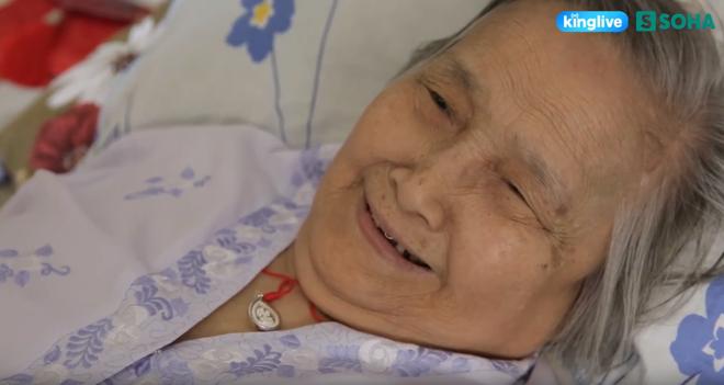 Từ bỏ sang Mỹ, dành gần nửa thế kỷ chăm mẹ bệnh nặng, Hiền Mai tạo nên giai thoại đẹp nhất showbiz - Ảnh 5.