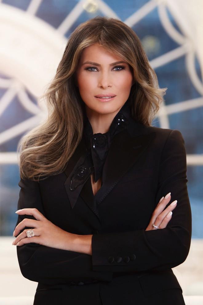 Vẻ đẹp nóng bỏng của vợ Tổng thống Donald Trump, đệ nhất phu nhân thời thượng bậc nhất nước Mỹ - Ảnh 14.