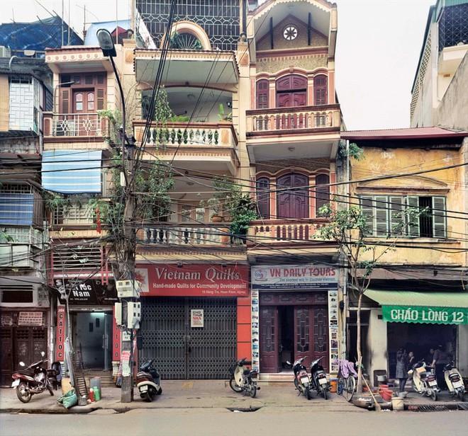 Hà Nội 36 phố phường chụp suốt 30 năm từng xuất hiện trên báo Anh - Ảnh 13.