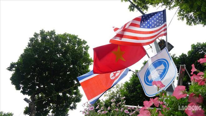 Người Hà Nội gửi thông điệp hoà bình trước thượng đỉnh Mỹ - Triều - Ảnh 4.