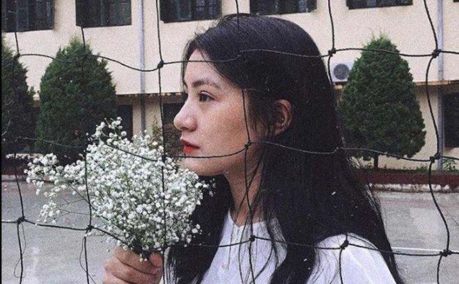 Hàng loạt ấn tượng đặc biệt về nữ sinh tặng hoa Chủ tịch Triều Tiên Kim Jong-un