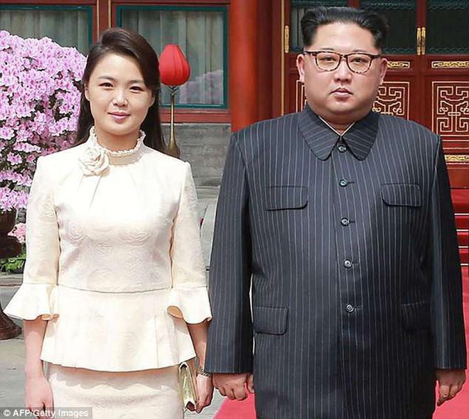 Vợ Chủ tịch Kim Jong Un - đệ nhất phu nhân của Triều Tiên xinh đẹp và bí ẩn thế nào? - Ảnh 8.