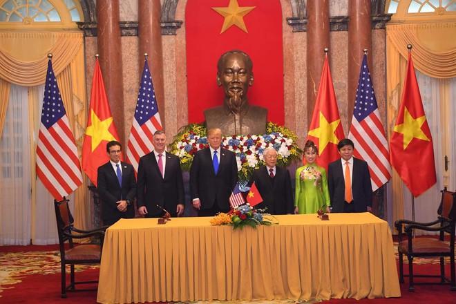 [ẢNH] Toàn cảnh cuộc hội đàm của Tổng thống Mỹ Donald Trump và Tổng Bí thư, Chủ tịch nước Nguyễn Phú Trọng - Ảnh 15.