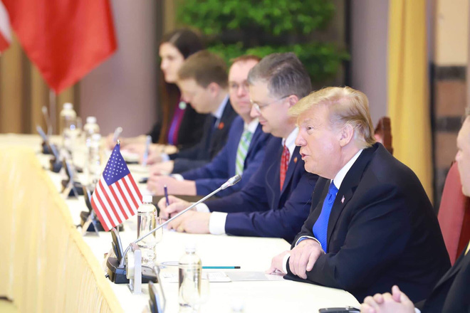 [ẢNH] Toàn cảnh cuộc hội đàm của Tổng thống Mỹ Donald Trump và Tổng Bí thư, Chủ tịch nước Nguyễn Phú Trọng - Ảnh 12.