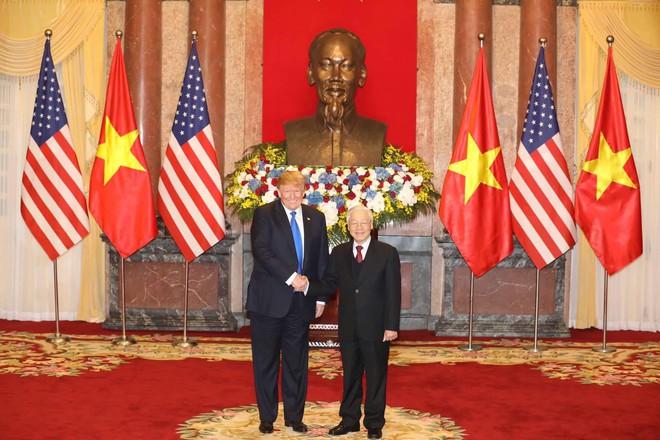 [ẢNH] Toàn cảnh cuộc hội đàm của Tổng thống Mỹ Donald Trump và Tổng Bí thư, Chủ tịch nước Nguyễn Phú Trọng - Ảnh 7.