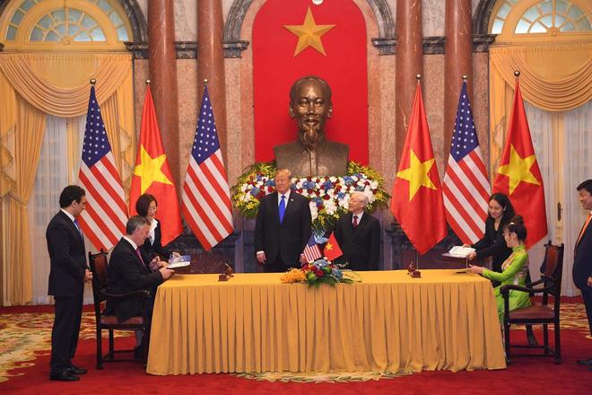 [ẢNH] Toàn cảnh cuộc hội đàm của Tổng thống Mỹ Donald Trump và Tổng Bí thư, Chủ tịch nước Nguyễn Phú Trọng - Ảnh 19.