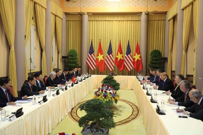 [ẢNH] Toàn cảnh cuộc hội đàm của Tổng thống Mỹ Donald Trump và Tổng Bí thư, Chủ tịch nước Nguyễn Phú Trọng - Ảnh 9.