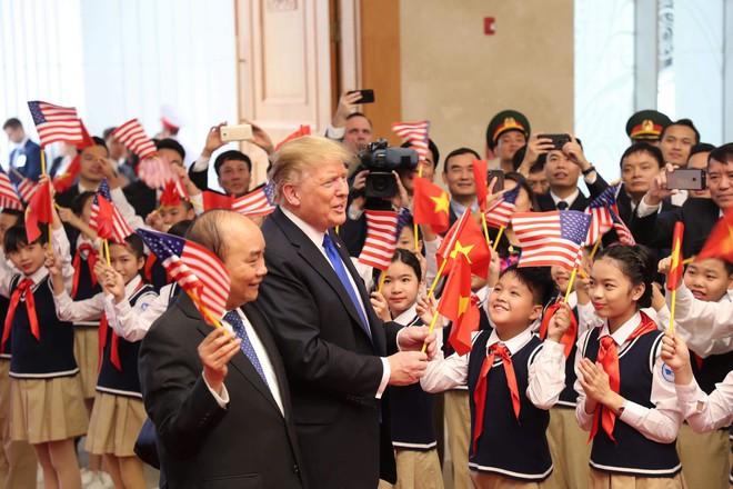 [ẢNH] Toàn cảnh cuộc hội đàm của Tổng thống Mỹ Donald Trump và Tổng Bí thư, Chủ tịch nước Nguyễn Phú Trọng - Ảnh 25.
