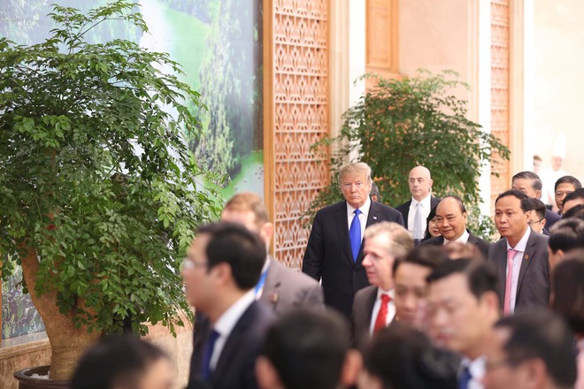 [ẢNH] Toàn cảnh cuộc hội đàm của Tổng thống Mỹ Donald Trump và Tổng Bí thư, Chủ tịch nước Nguyễn Phú Trọng - Ảnh 26.