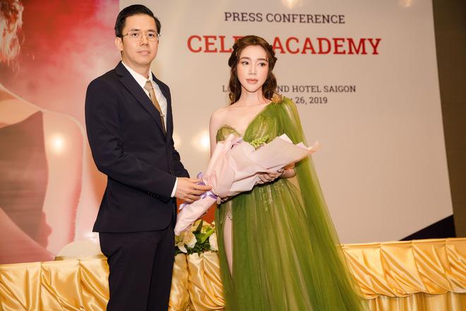Elly Trần khoe vẻ nóng bỏng khi giảm 3kg, tiết lộ sắp tái xuất showbiz - Ảnh 1.