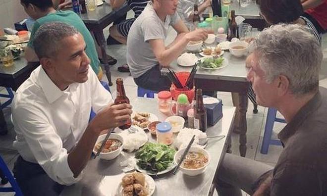 Những món ăn và đồ uống từng được các nguyên thủ nước ngoài lựa chọn khi tới Việt Nam - Ảnh 5.