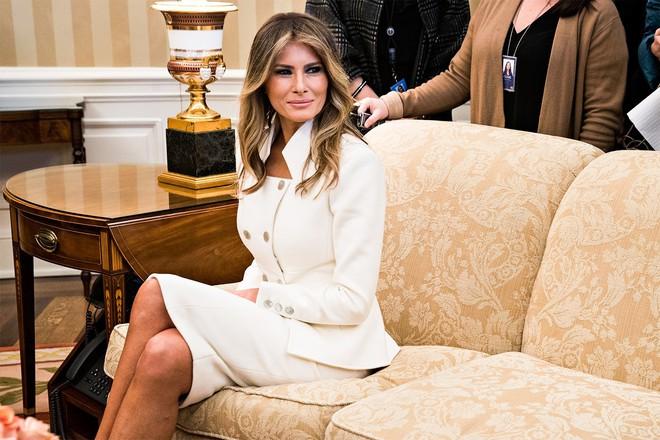 4 bí quyết để xinh đẹp, khỏe mạnh và trẻ hơn tuổi của Đệ nhất phu nhân Mỹ Melania Trump - Ảnh 5.