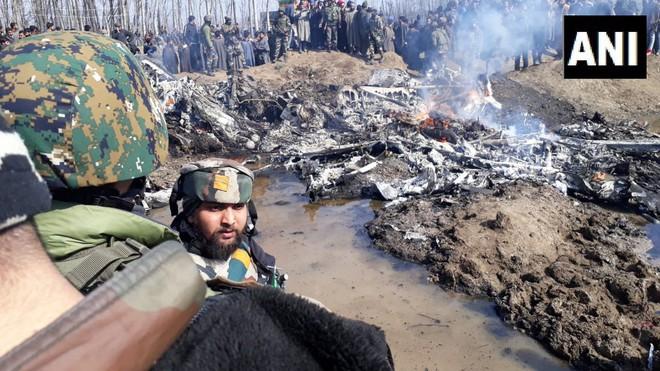 Pakistan vừa bắn rơi 2 chiến đấu cơ KQ Ấn Độ - Su-30MKI tham chiến, căng thẳng tột độ - Ảnh 2.
