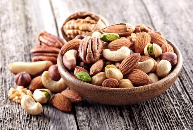 Giảm nguy cơ mắc bệnh tim ở bệnh nhân tiểu đường nhờ ăn các loại hạt - Ảnh 1.