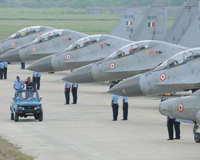 Tiêm kích Su-30MKI Ấn Độ vừa tham chiến bắn hạ F-16 Pakistan: Cuộc chiến không cân sức - Ảnh 2.