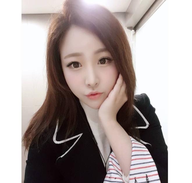 Nữ phóng viên Hàn gây sốt mạng xã hội: Vừa xinh đẹp vừa tài năng, từng thi Hoa hậu - Ảnh 5.