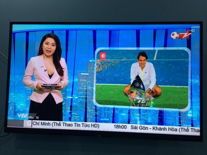 BTV truyền hình Việt gây sốc với trang phục quá gợi cảm khi dẫn chương trình - Ảnh 1.
