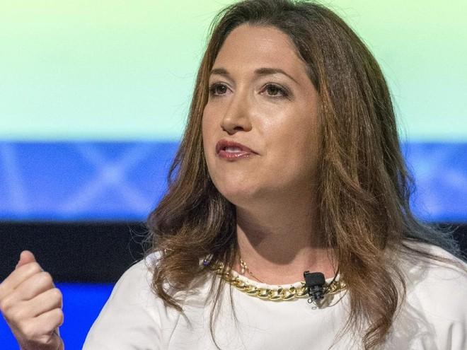 Chị gái Mark Zuckerberg ghét làm ở Facebook, tức quá bỏ đi vì một lý do dù đã gắn bó gần 10 năm - Ảnh 1.