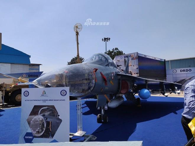 Ấn Độ gây choáng cho Trung Quốc khi tích hợp tên lửa BrahMos-NG lên tiêm kích LCA - Ảnh 11.