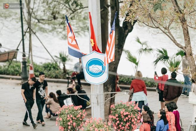 Xuất hiện trên CNN, thủ đô Hà Nội được bạn bè quốc tế tấm tắc khen vì xinh đẹp, bình yên - Ảnh 8.