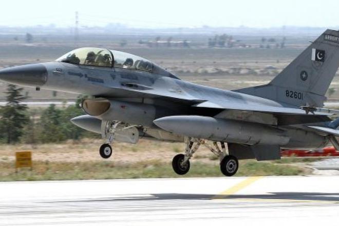 MiG-21 cổ lỗ Ấn Độ truy đuổi, bắn hạ F-16 Pakistan: Lập kỳ tích tác chiến trên không! - Ảnh 2.