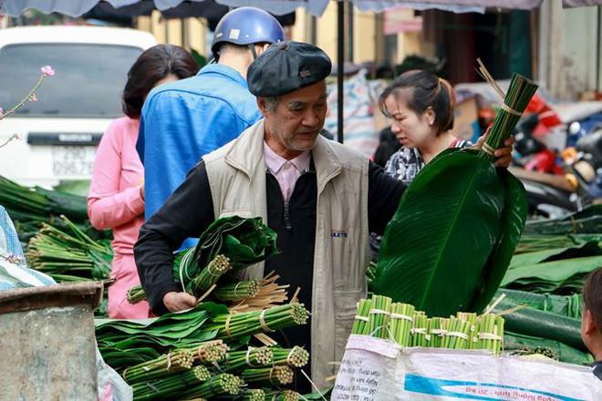 Chợ lá dong lâu đời nhất Thủ đô đìu hiu ngày cận Tết - Ảnh 12.