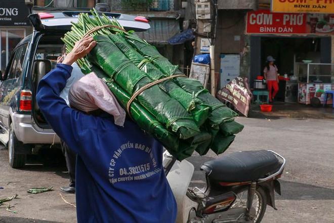 Chợ lá dong lâu đời nhất Thủ đô đìu hiu ngày cận Tết - Ảnh 7.