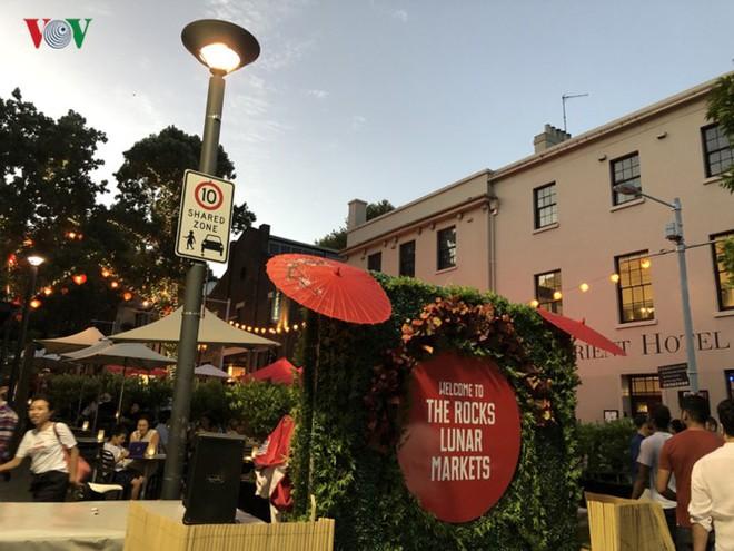 Thành phố Sydney, Australia trang hoàng rực rỡ đón Tết Kỷ Hợi - Ảnh 11.