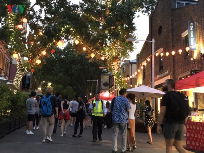 Thành phố Sydney, Australia trang hoàng rực rỡ đón Tết Kỷ Hợi - Ảnh 12.