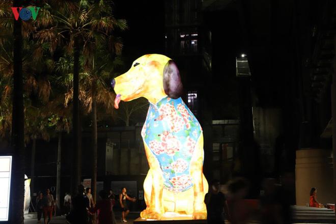 Thành phố Sydney, Australia trang hoàng rực rỡ đón Tết Kỷ Hợi - Ảnh 3.