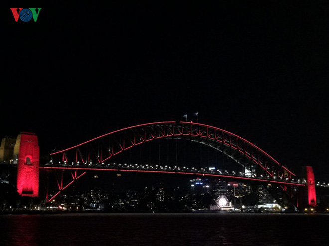 Thành phố Sydney, Australia trang hoàng rực rỡ đón Tết Kỷ Hợi - Ảnh 9.