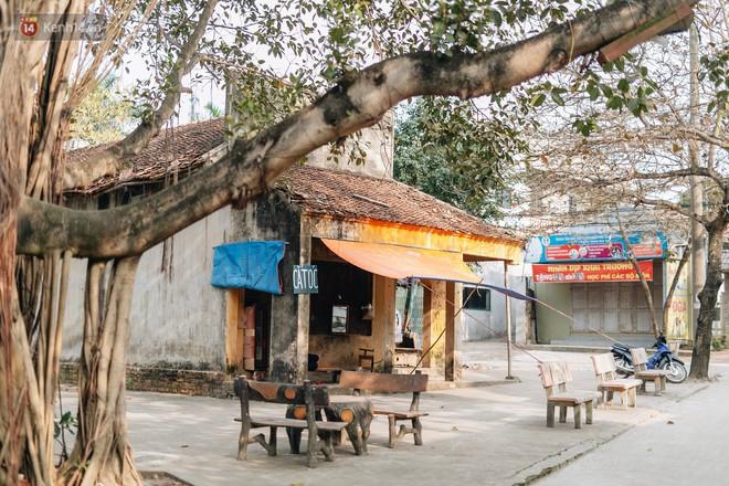 Về thăm ngôi làng ở Hà Nội ăn cả tấn thịt chó vào mùng 4 Tết hàng năm: Không ép bất cứ ai nếu họ không muốn ăn - Ảnh 1.