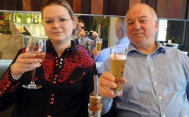 Nga cáo buộc Anh thêu dệt nghi phạm thứ 3 trong vụ đầu độc ở Salisbury
