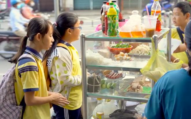 """Bữa sáng """"sấp ngửa"""" của gia đình Việt, nhiều cha mẹ sẽ nhận ra sai lầm của mình trong chuẩn bị thực đơn dinh dưỡng cho trẻ"""