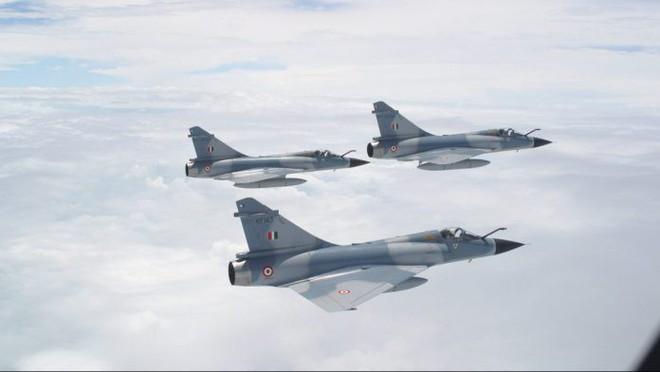 Nếu chiến tranh Ấn Độ - Pakistan bùng nổ, vũ khí Israel sẽ thống lĩnh chiến trường! - Ảnh 1.