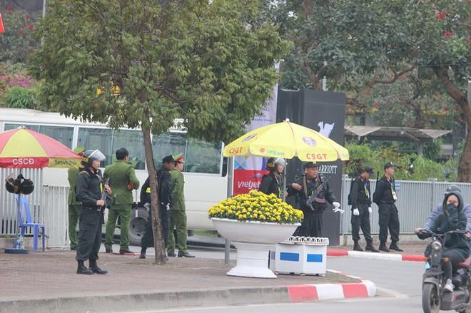 Thượng tướng Lê Quý Vương nói về xe bọc thép bảo vệ đoàn Chủ tịch Triều Tiên Kim Jong-un - Ảnh 1.