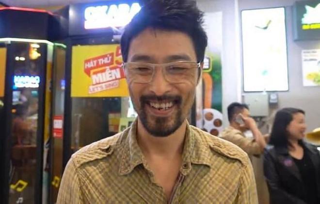 Johnny Trí Nguyễn lại khiến fans xót xa bởi vẻ ngoài gầy gò, tiều tuỵ - Ảnh 4.