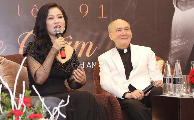 """Nhạc sĩ U80 - Vũ Thành An dành nhiều lời khen tặng cho """"Giai nhân"""" của Ngọc Châm"""