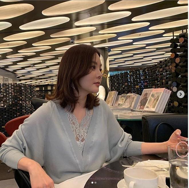 Nữ thần Chae Rim: Xuống sắc, hết thời, phải đưa con về nước vì chồng trẻ ngoại tình? - Ảnh 11.